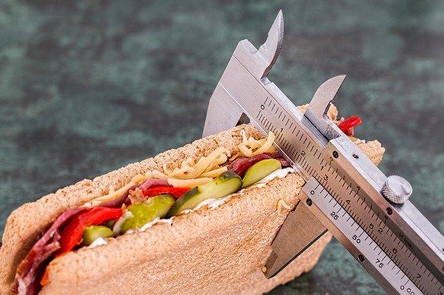 Combien de glucides par jour pour maigrir ?